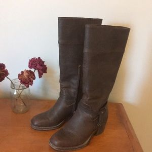 Below the knee faux leather boots